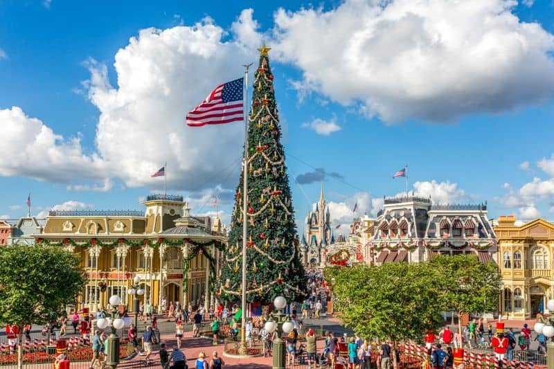 Magic-Kingdom-Decoracion-de_Navidad