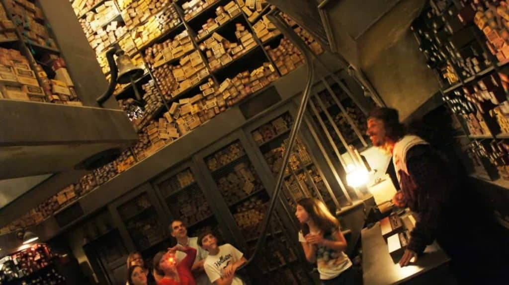 ollivanders-wand-shop-wizarding-world-of-harry-potter