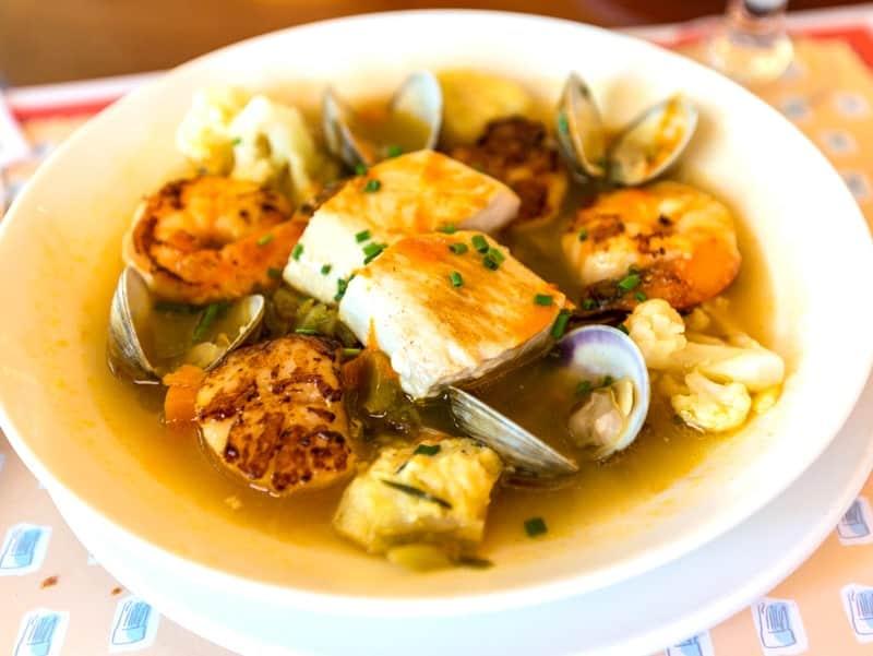 chefs_france_epcotFruit_de_mer_ provencale
