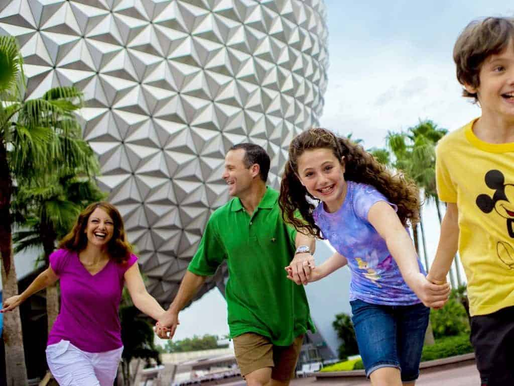 epcot happy family