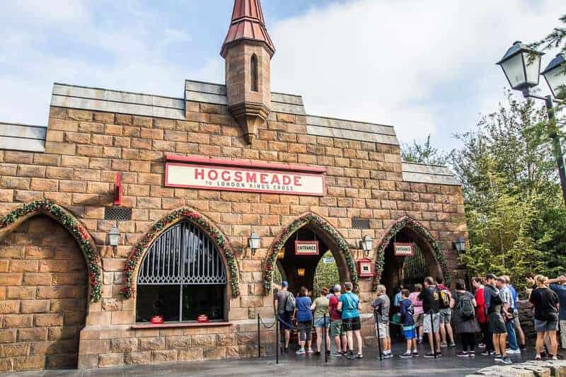 hogwarts-express-universal-orlando-1