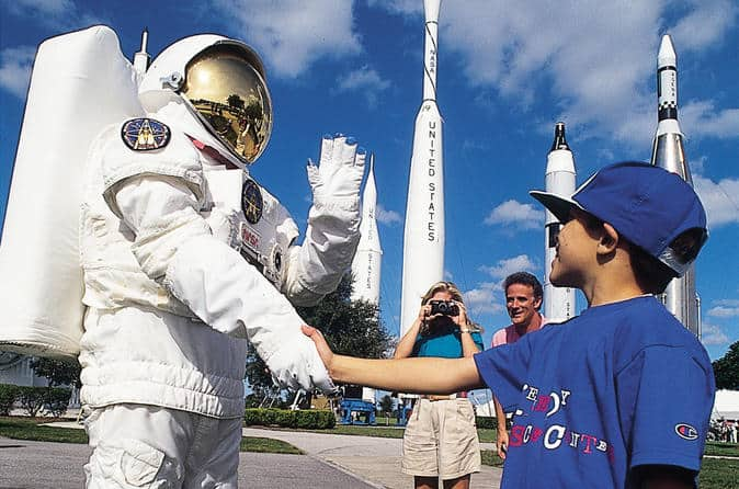kennedy-space-center-at-cape-canaveral-in-orlando