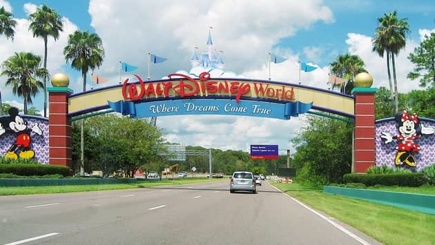 entrance-to-disney-world