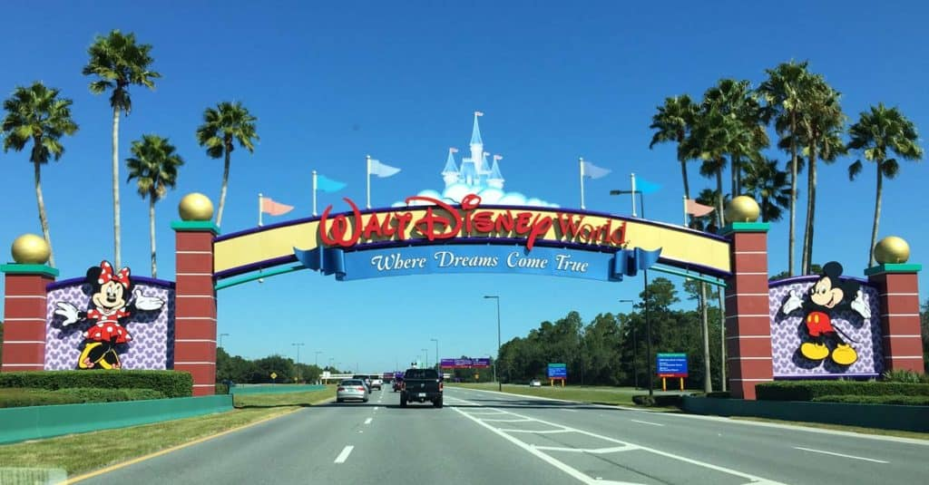 entrando a disney world