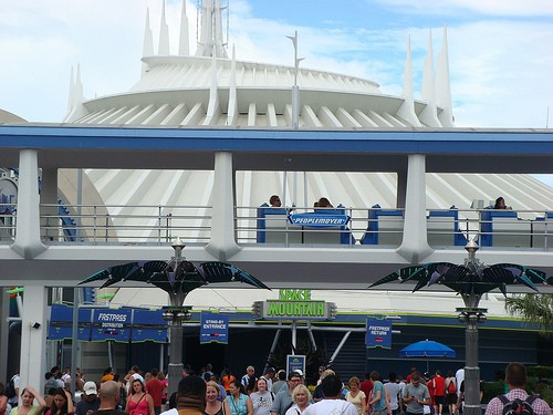 Space-Mountain-Mover