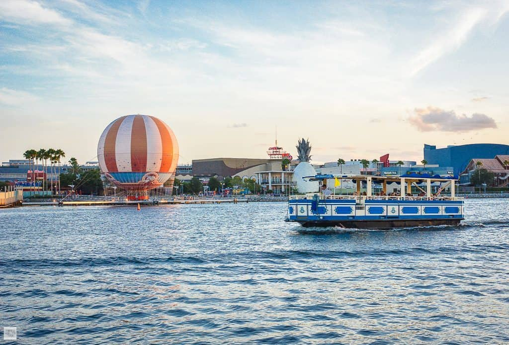 Disney-Springs-Botes