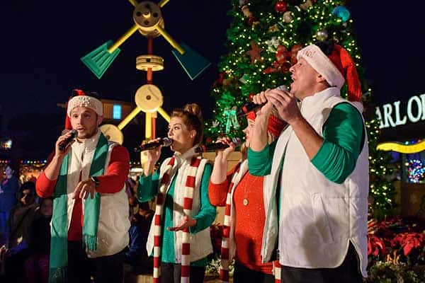 disney-springs-christmas-tree-lighting