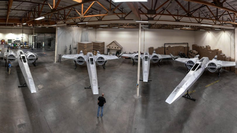 x-wing-starships-star-wars-galaxys-edge-starships