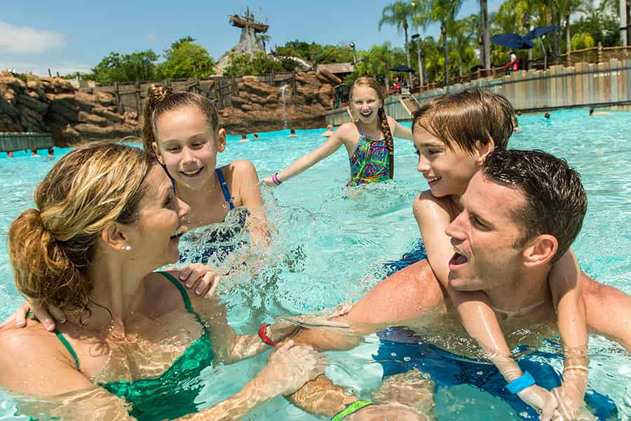 typhoon-lagoon-wave-pool1